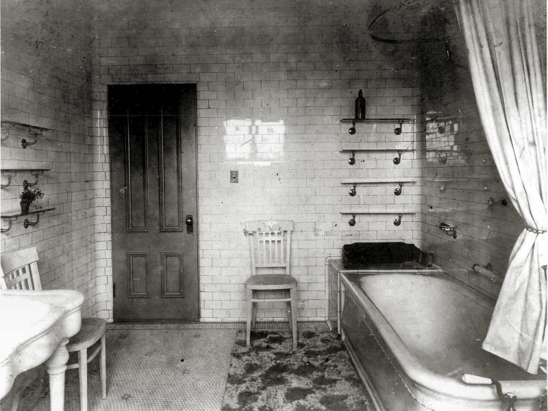 Historical pictures for Bathroom ideas 1920s home